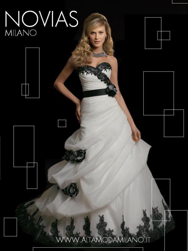 Abiti sposa colorati BIANCO e NERO ispirazioni VINTAGE 2012 ffd90664161