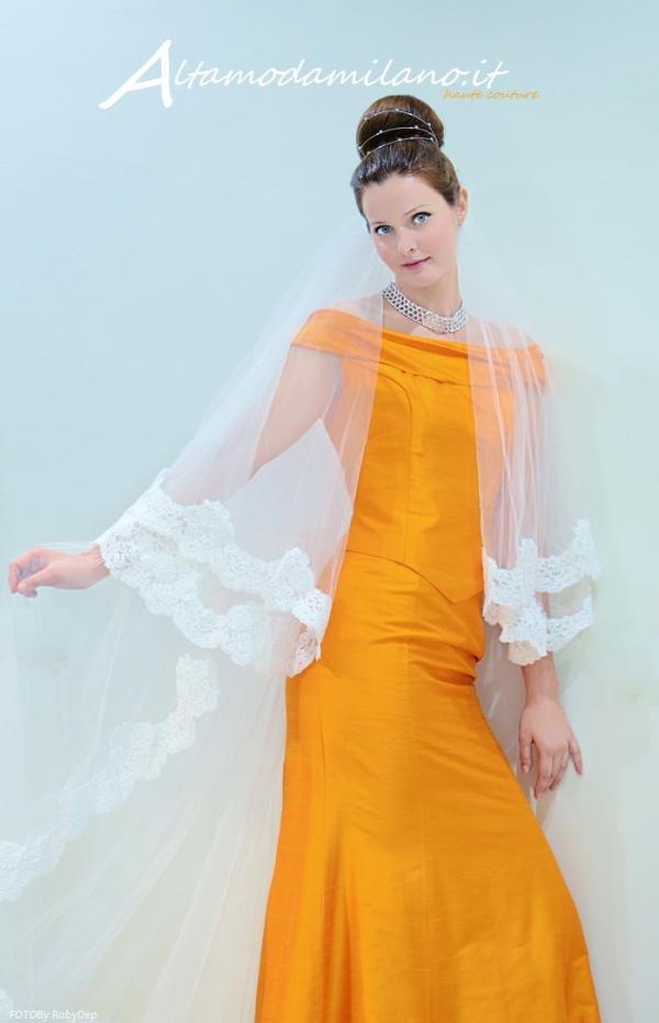05b1b95d81b5 Abiti da sposa colorati ARANCIONE che passione i vestiti da spose  ALTAMODAMILANO.IT